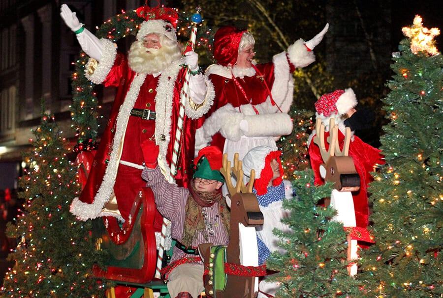 TOCmedia Brings Santa to Town Again