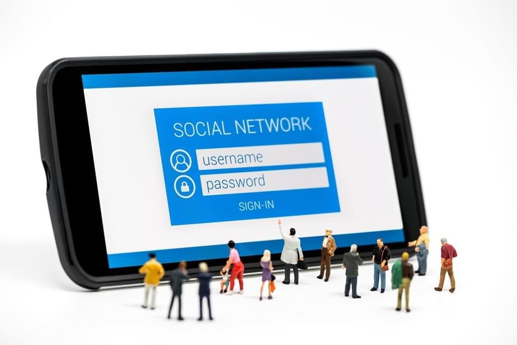 Facebook's Big Announcement: Instagram, Messenger and WhatsApp